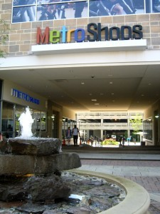 Metropolitan Shops at Prince George's Station is adjacent to the Prince George's Plaza Metro station, seen beyond the pedestrian tunnel. Photo courtesy Susie Currie.
