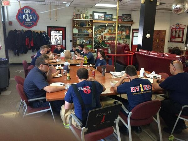 Olive Garden delivers Labor Day lunch to Hyattsville fire department