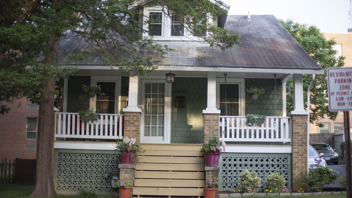 Tax credit presentation for homes in the historic district