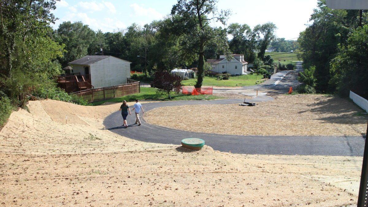 New path links neighborhood to green space