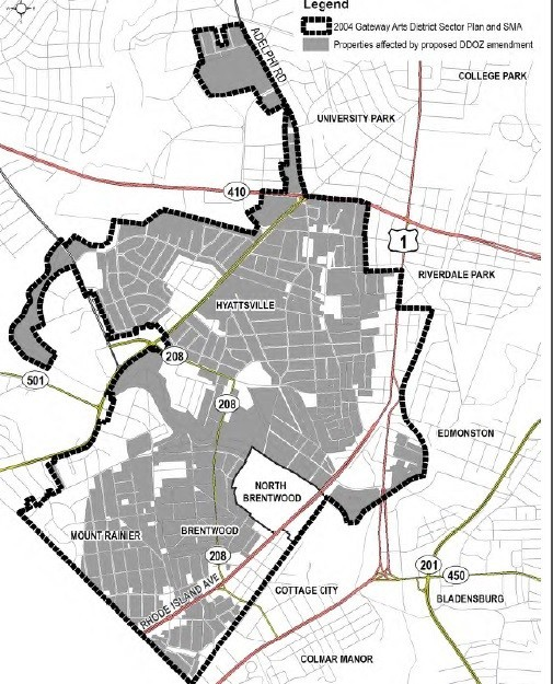 The Gateway Arts District Overlay Zone is outlined in black.  Shaded homes are affected by this amendment.