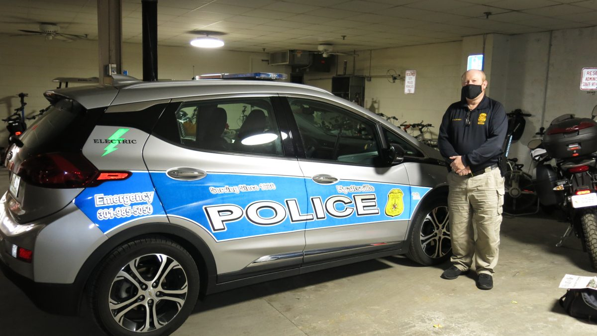 The science of the city: The evolution and ecology of police cruisers