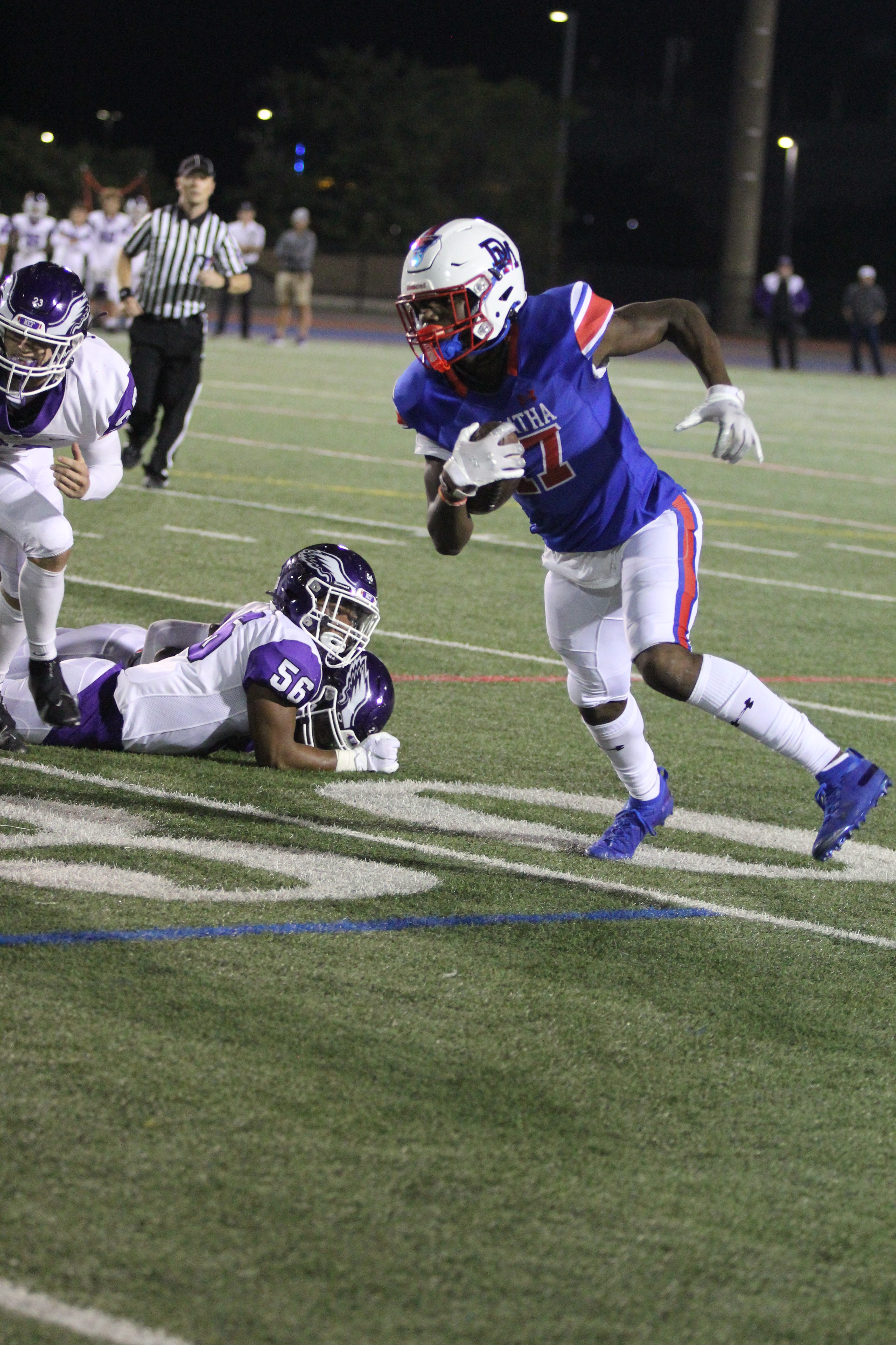 DeMatha opens WCAC play with 30-6 victory over Gonzaga